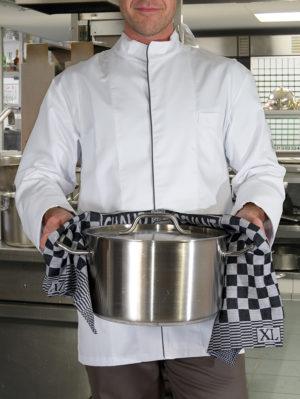 758 Chef Towels Chaud Devant